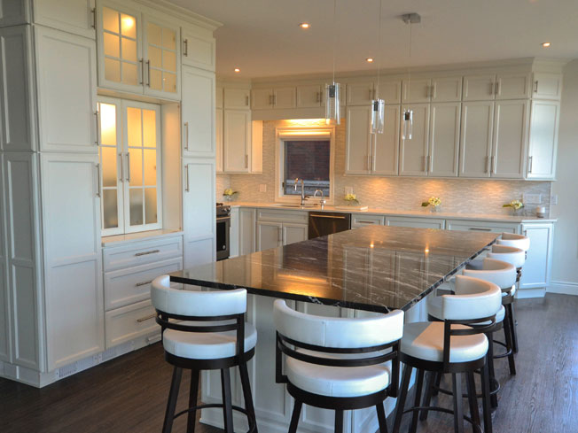 Choice Premier - Hampton Kitchen - Photo by Warehouse Guys