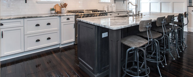Review of Kitchen Island Trends: 2019 Mid-Year Edition