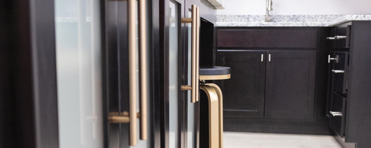 Installing Cabinet Hardware: The How-to Guide