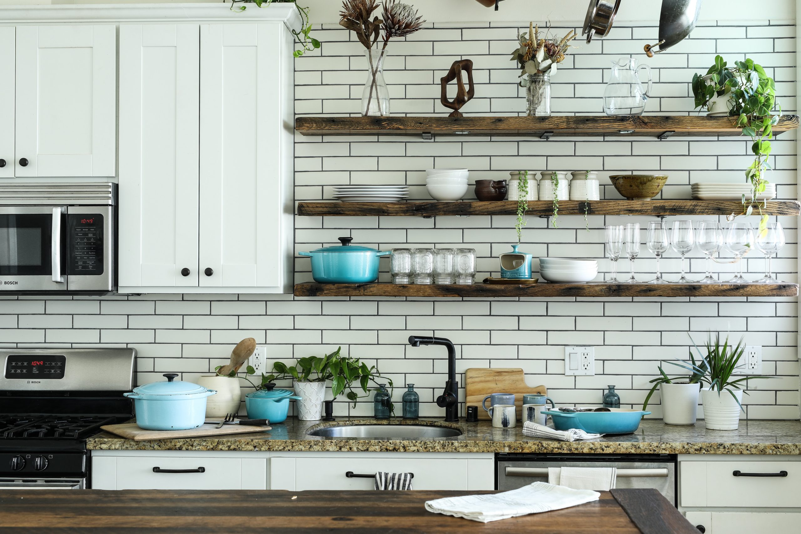 Kitchen Storage: Clever Tips and Tricks for Small Kitchens