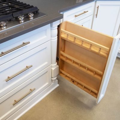 base-pantry-pull-out-min